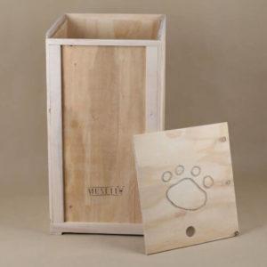 Dřevěný box na granule
